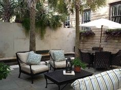 Savannah house rental - Courtyard sitting area w/ pool and fireplace
