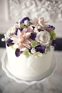 Sugar Flower Cake Topper (from @Lizz Kuehl's wedding)