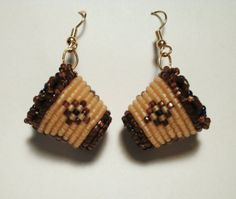 Native American Beadwork Beaded Earrings Native, Beaded Earrings Patterns, Native Beadwork, Native American Beadwork, Bead Loom Patterns, Seed Bead Earrings, Beading Patterns, Beaded Jewelry, Beading Tutorials