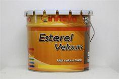 Peinture velours pour pièce à vivre la Peinture mate esterel est d'une très grande blancheur. Idéal pour l'extèrieur comme pour l'intérieur, la peinture esterel mate peut être appliquée manuellement et mécaniquement. Sans odeur elle masquera les imperfections de tous vos supports Aspect du film Velours mat arrondi. Aspect en pot Gel onctueux. Extrait sec Volumique 40%. Extrait sec Pondéral 60%. Masse Volumique (NF EN ISO 2811-1) 1,52 Kg/dm3. Brillance spéculaire 3-4 UB sous angle de 60°. 29…