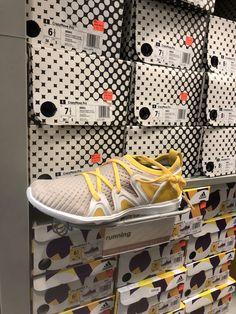 watch 6708b 69cac 13 bästa bilderna på Skor   Loafers   slip ons, Shoes sneakers och  Beautiful shoes