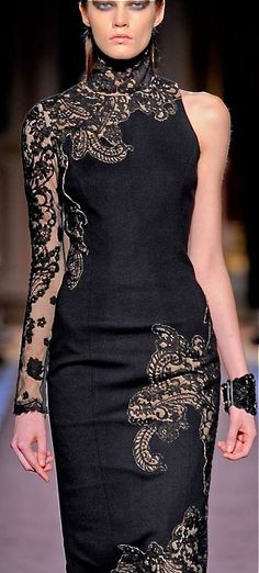 Evening gown, couture, evening dresses, formal and elegant Andrew Gn Fashion Moda, Love Fashion, Runway Fashion, High Fashion, Womens Fashion, Fashion Design, Style Haute Couture, Style Noir, Classy And Fabulous