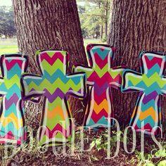 Chevron+Cross+Door+Hanger or add a stake to stick in the yard or garden Hand Painted Crosses, Wooden Crosses, Crosses Decor, Wall Crosses, Letter Door Hangers, Cross Door Hangers, Burlap Door Hangers, Door Letters, Burlap Crafts