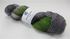 New from Periwinkle Sheep-Sereno, a blend of Merino Wool, Cashmere and Nylon in fingering weight!  Perfect for sweaters, shawls and accessories!
