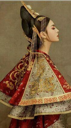 Oriental Fashion, Asian Fashion, Chinese Fashion, Hippie Fashion, Boho Hippie, Chinese Style, Chinese Art, Chinese Kimono, Inspiration Photoshoot