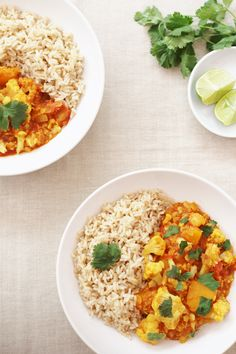 Butternut Squash, Cauliflower and Red Lentil Dhal (Vegan) Healthy Eating Recipes, Veggie Recipes, Vegetarian Recipes, Lentil Pasta, Chickpea Stew, Dhal Recipe, Butternut Squash Curry, Vegetarian Curry, Cauliflower Curry