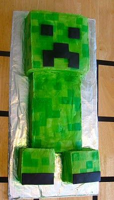 So my baby Birdie turned 9 just last week, and she wanted to have a Minecraft themed birthday party. Minecraft is a computer game that is. Minecraft Party, Minecraft Cake Creeper, Creeper Cake, Minecraft Birthday Cake, Cool Minecraft, Cool Birthday Cakes, 8th Birthday, Birthday Parties, Birthday Ideas