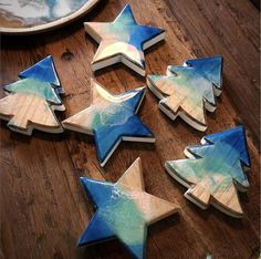 #resin #resinart #resinstar #epoxy #epoxystar #christmastree #star #christmasdecorations #dailyart #dailyresin #mypreciousart #mypreciousoriginals #amandaremmington #xmass #xmas #xmasdecor #xmasdecorations #xmastree #art #epoxyart