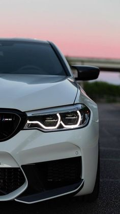 Bmw Sports Car, Sport Cars, Luxury Car Brands, Luxury Cars, Carros Bmw, Mercedes Benz E63, Sports Car Wallpaper, Bmw Wallpapers, Bmw Classic Cars
