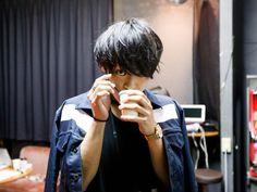 THE ORAL CIGARETTESの「PHOTORAL CIGARETTES」【第13回】   Skream! 特集 邦楽ロック・洋楽ロック ポータルサイト
