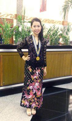 indonesia kebaya and bling pink batik my graduation day ^^