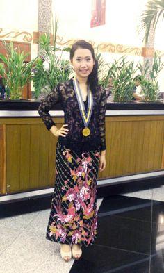 indonesia kebaya and bling pink batik my graduation day ^^