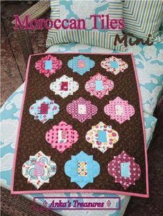Hexagon Quilt Pattern, Hexagon Patchwork, Mini Quilt Patterns, Tile Patterns, Quilting Patterns, American Patchwork And Quilting, Charm Quilt, Table Runner Pattern, Miniature Quilts