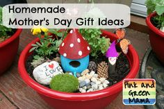 Pink and Green Mama: * Teacher Appreciation Gift: Fairy Garden Bowls Homemade Mothers Day Gifts, Gifts For My Wife, Mothers Day Crafts, Homemade Gifts, Mother Day Gifts, Diy Gifts, Crafts For Kids, Best Gifts, Arts And Crafts