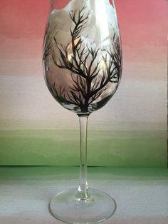 arbre noir peint à la main verre de vin
