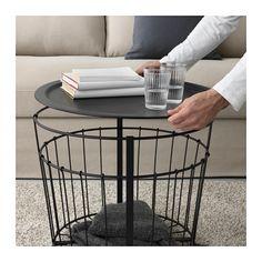 IKEA Deutschland | Der GUALÖV Korb ist praktisch für Kissen, Zeitungen, Wolle oder anderes - ohne Füllung im Korb wirkt der Tisch leicht und grazil.
