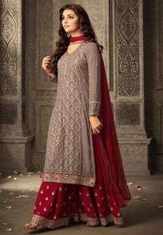 Shop for exceptional Indian Ethnic Wear Palazzo Suit Salwar Kameez from Cbazaar at best price. Purchase your favorite Indian Ethnic Wear Palazzo Suit through online from US, IND, AUS. Buy Now! Indian Attire, Indian Ethnic Wear, Ethnic Gown, Indian India, Indian Suits, Estilo India, Pakistani Bridal Dresses, Pakistani Suits, Party Wear Indian Dresses