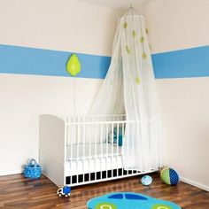 Kids beds with canopies look very romantic and vintage. Baby beds and toddler beds with canopies are perfect for kids room design in vintage style, and these beds designs can be used for traditional and contemporary bedroom decorating also. Lushome collection of modern ideas for canopy beds provides