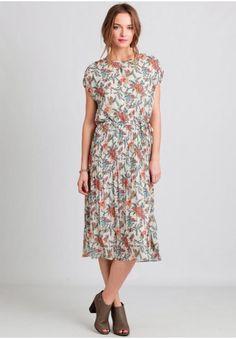 Wild Field Floral Midi Dress | Modern Vintage Dresses | Modern Vintage Clothing | Ruche