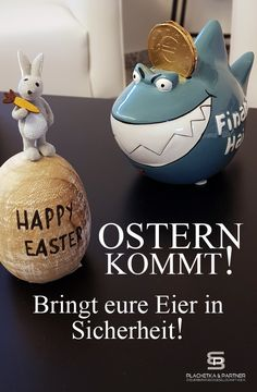 Ostern naht nun auch  in der Kanzlei! Aber unser Osterhase hat keine Angst vor dem Finanzamt-Hai. Denn er bringt mit unserer Hilfe seine Eier und Karotten stets in Sicherheit. Machen Sie es also wie er und schauen Sie einfach mal bei uns vorbei. Hai, Angst, Christmas Bulbs, Holiday Decor, Workplace, Easter Bunny, Safety, Carrots, Eggs