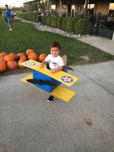 Stearman plane costume, DIY