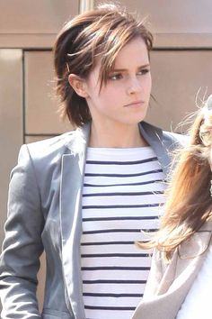 Emma Watson's grown-out crop - celebrity hair and hairstyles