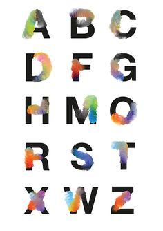 Le designer José Bernabé, basé en Hollande, a conçu l'alphabet Chemical Cloud qui reprend la typographie Sans Serif en ajoutant des nuages duveteux tout autour des lettres. En jouant avec les pinceaux de Photoshop, il a réussi à créer un motif ressemblant à un nuage fait de couleurs dégradées.