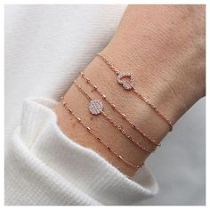 A sparkling wrist in a sparkling season ✨ make sure to get your armstack on www.pourtoijewelry.com with 15% off on his Shopping Friday ✨ offer lasts until tonight! Be quick #pourtoijewelry#armstack#sparkle