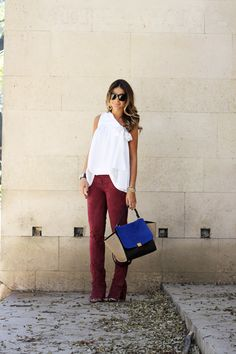 Thassia - burgundy + bolsa azul.
