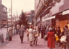 Scranton, circa 1978 Standing in front of the Globe Store. Luv this photo.