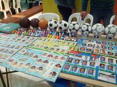 Álbumes y minichimpunes de colección. Los asistentes podían elegir el de su equipo favorito / #sports #soccer #fútbol #colección #soccerfan #football