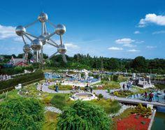 Mini Europa, gelegen naast het Atomium, is het enige park waar u in een paar uur heel Europa doorkruist. Een rondreis die u dus nergens anders kunt maken!