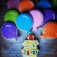 what a great idea... house and balloons from the movie UP cookies
