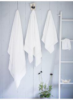 Lace Trim Cotton Towels - white