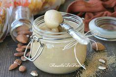 Mandorlata crema spalmabile, ricetta senza burro. Una crema piuttosto leggera e buonissima, ideale da spalmare ma anche per farcire torte e dolci in genere.