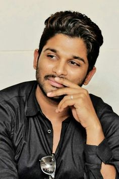 Galaxy Pictures, God Pictures, Allu Arjun Wallpapers, Allu Arjun Images, Actors Images, South Actress, Love And Marriage, New Trends, Hot Guys