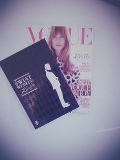 #fashion #magazine # karl #lagerfeld #chanel #vogue #spain #white #światwedługkarla #book  #booklover #fashionlover