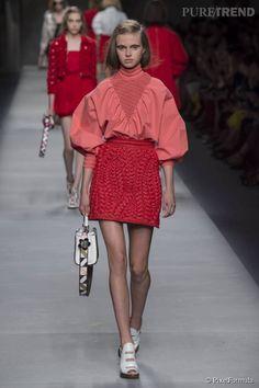 Défilé Fendi Printemps-Été 2016 - Prêt-à-porter Femme - Milan