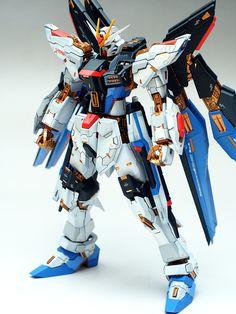 GUNDAM GUY: VP 1/100 Strike Freedom Gundam - Painted Build