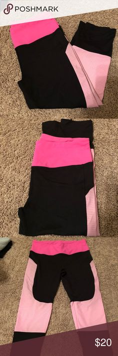 Victoria's Secret large black and pink capris. Victoria's Secret sport. Black and pink leggings. Size large. Excellent condition. Victoria's Secret Pants Leggings
