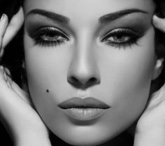 Dramatic Eyes -- focus all of the attention on the eyes with a soft, neutral lip. This is great makeup for photo shoots when you want to have a pop of glam drama while also maintaining a more natural look. Gorgeous Makeup, Pretty Makeup, Love Makeup, Makeup Tips, Makeup Looks, Simple Makeup, Perfect Makeup, Perfect Brows, Makeup Ideas