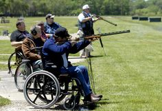 Veterans with spinal cord injury in Missouri have discovered the joys and therapeutic properties of trap shooting from their wheelchairs. Skeet Shooting, Trap Shooting, Shooting Sports, Shooting Range, Veterans Programs, Disabled Veterans, Spinal Cord Injury, Veterans Affairs, Home Defense