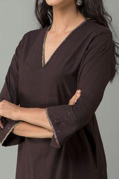 Women clothing Winter Work Outfits - Women clothing For Summer Fashion - - Women clothing Websites - Simple Kurta Designs, Silk Kurti Designs, Kurta Designs Women, Kurti Designs Party Wear, Sleeves Designs For Dresses, Dress Neck Designs, Blouse Designs, Fancy Dress Design, Stylish Dress Designs