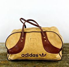 1990's true vintage adidas holdall, small