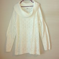Oversized Loose Cable Knit Woven Sweater Super soft sweater that's lightweight for year round wear and heavy on style to keep you in the loop! Beautiful diamond pattern on a bright  winter white cotton/acrylic blend. Croft & Barrow Sweaters