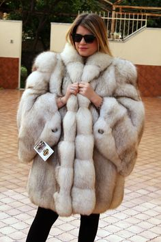 the polar fox fur is in excellent condition. the lining inside the fur is new. soft and light fur. latest fashion model with hood and sleeves. the msures are, look mannequin photo. Fox Fur Jacket, Fox Fur Coat, Fur Coats, Fur Fashion, Fashion Models, Big And Beautiful, Beautiful Women, John Gavin, Coats For Women