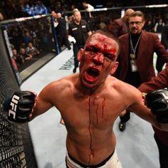 Nate Diaz defeats Conor McGregor at UFC 196