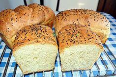 Paine pufoasa de casa, cu iaurt Romanian Food, Romanian Recipes, Bread, Cooking, Felicia, Foods, Kitchen, Mascarpone, Food Food