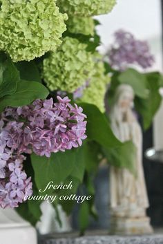 A Bouquet of Lilacs. - I am in love with this bouquet of fresh cut lilacs. they are absolutely charming and delightful in so many ways. Their delica. French Country Cottage, French Country Style, French Country Decorating, Shabby Cottage, Cottage Style, Shabby Chic, Chartreuse Decor, Snowball Viburnum, French Style Homes