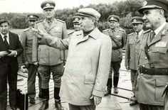 Anii cand Ceausescu a decis marginalizarea lui Iliescu - considerat pana atunci un adevarat fiu a...
